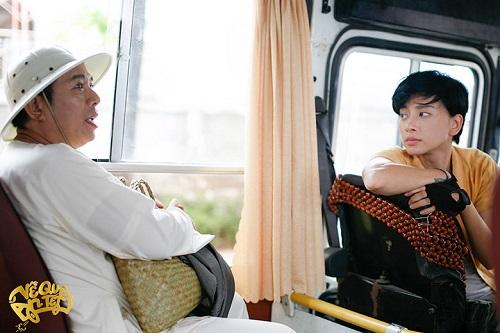 Nghệ sĩ Trung Dân và Ngô Thanh Vân trong một cảnh quay.