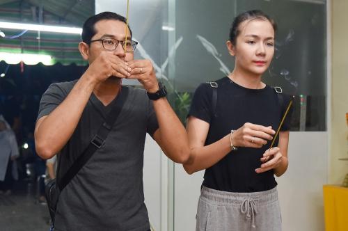 Võ Tòng, bé An của Đất Phương Nam viếng nghệ sĩ Nguyễn Hậu - ảnh 11