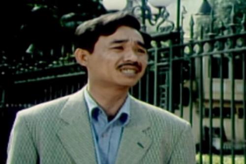 [Ra mắt năm 2002, phim Tết này ai đến xông nhà được xem là một trong những bộ phim hài Việt