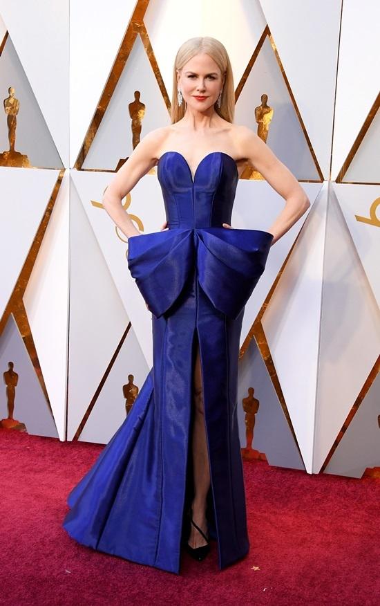 12 mỹ nhân mặc đẹp nhất trên thảm đỏ Oscar 2018