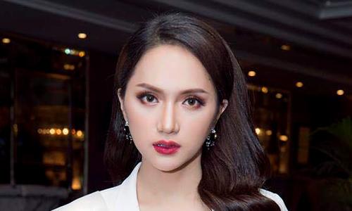 Gu thời trang của Hương Giang Idol tại Hoa hậu chuyển...