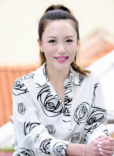 Quách Phi Lệ là diễn viên, người mẫu Singapore