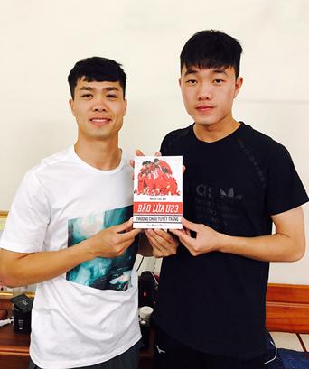 Sách về đội tuyển U23 Việt Nam in thêm 10.000 cuốn