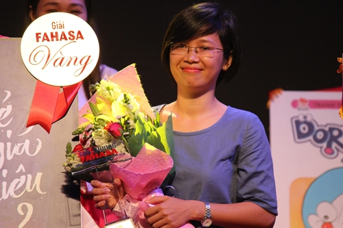 Tác giả Rosie Nguyễn nhận giải sách được bạn đọc yêu thích với Tuổi trẻ đáng giá bao nhiêu.