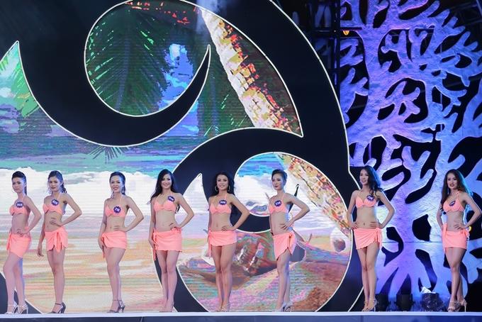 Người đẹp Hoa hậu Biển Việt Nam Toàn cầu trình diễn bikini