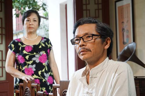 Nhân vật Minh (phải) trong Hôn nhân trong ngõ hẹp.