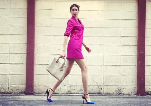 TúiDiorissimomàu be trung tínhdễ phối với nhiều kiểu trang phục, màu sắc khác nhau.
