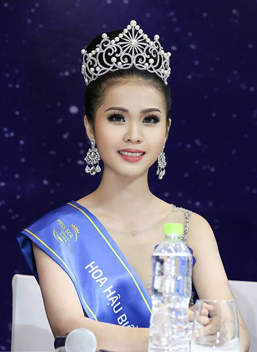 Nhan sắc tuổi 19 của tân Hoa hậu Biển Việt Nam toàn cầu