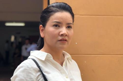 Ngọc Trinh dự phiên phúc thẩm chiều 23/4.