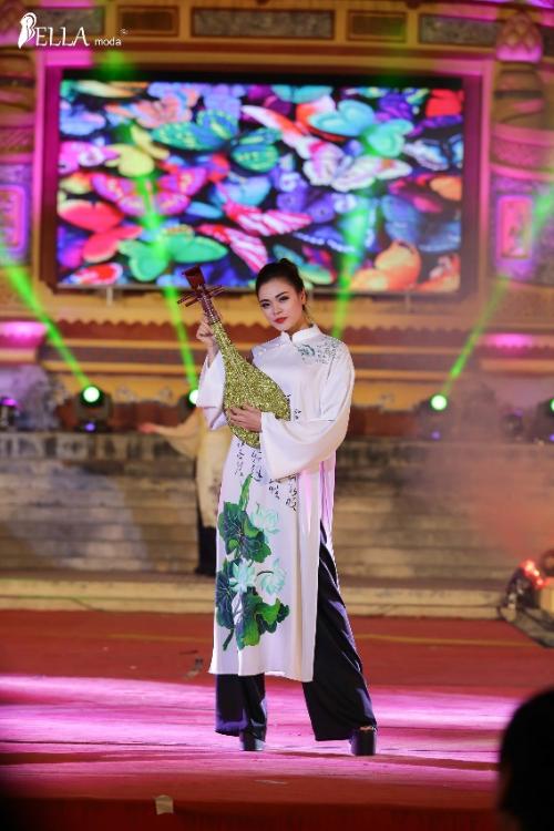 Bella Moda trình diễn BST Nét xưa tại lễ hội Áo dài Festival Huế - 7