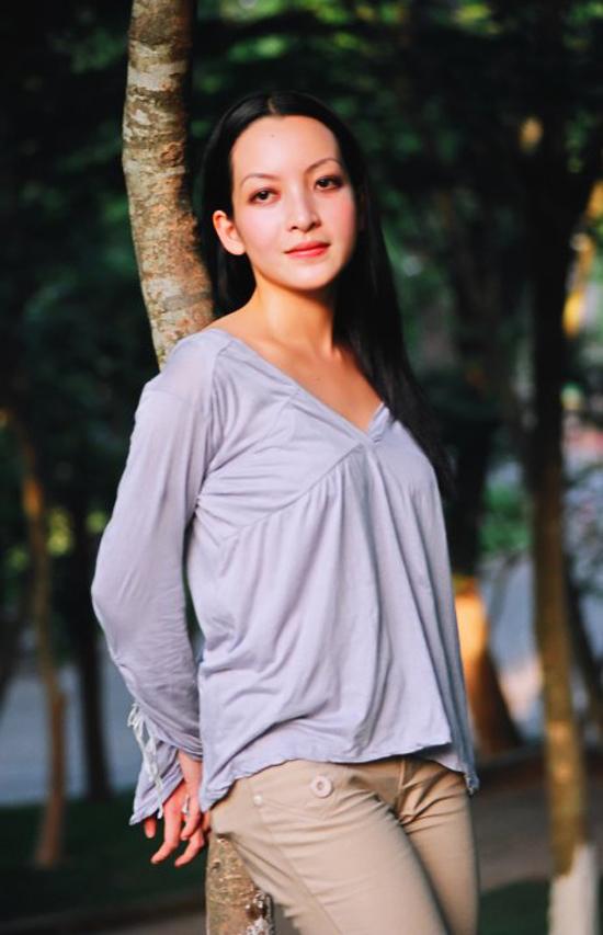 Biến đổi nhan sắc của diễn viên Linh Nga qua 30 năm