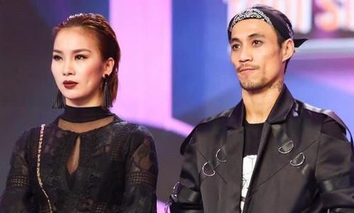 Phạm Lịch (trái) và Phạm Anh Khoa cùng tham gia game show.