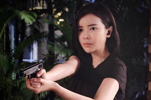 Tạo hình của Cao Thái Hà trong phim hình sự.