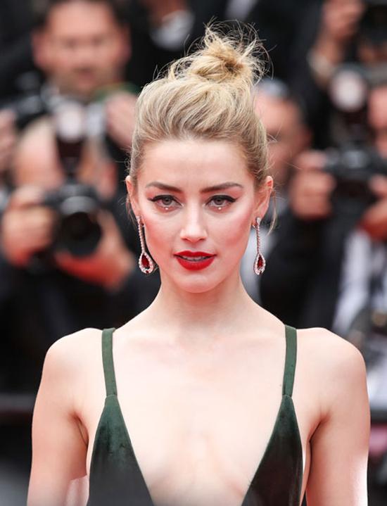 Amber-Heard-Cannes-2018-beauty_600x0.jpg