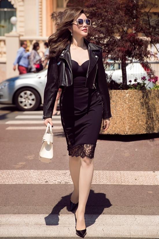 Lý Nhã Kỳ diện đồ tôn đường cong khi quay hình ở Cannes