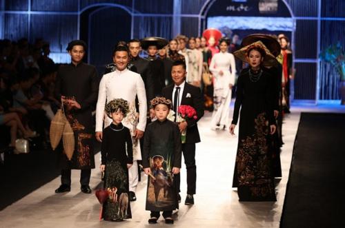 20 năm gắn bó với ngành vải của nhà thiết kế Đinh Văn Thơ - ảnh 3