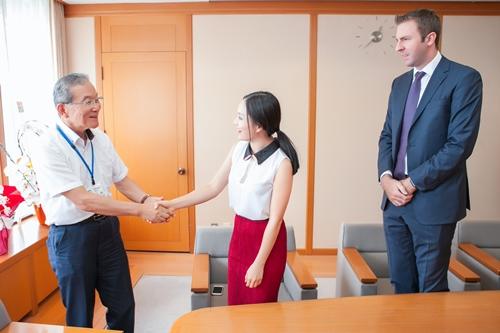 Bạn trai từng cùng cô sang Nhật năm 2017 nhân dịp thành phố Munakata trở thành di sản văn hóa thế giới. Cô là đại sứ của thành phố này.