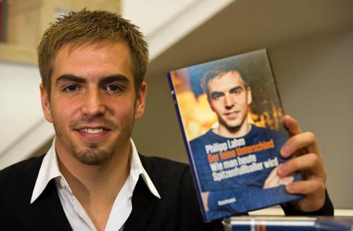 Những cuốn tự truyện nổi bật trong làng bóng đá quốc tế - 6