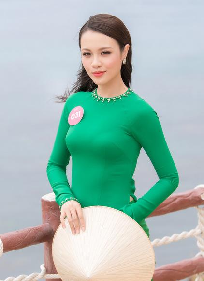 Hình ảnh mới nhất của hoa khôi tại cuộc thi Hoa hậu Việt Nam.