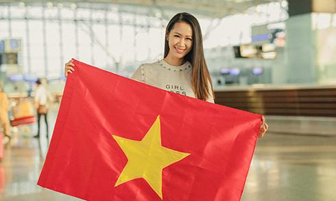 duong-thuy-linh-sang-singapore-thi-mrs-worldwide