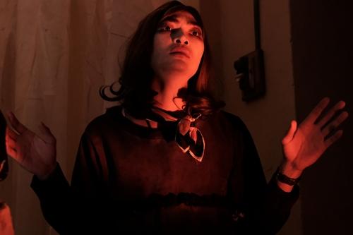 Khương Ngọc trong một cảnh cuối phim.