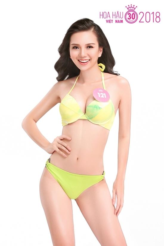 Ve nong bong cua nguoi dep Hoa hau Viet Nam khi dien bikini