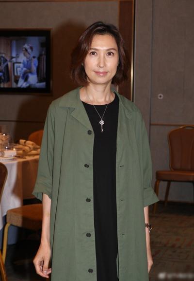 Hoa hậu Hong Kong 1991 - Quách Ái Minh. Cô không đóng phim