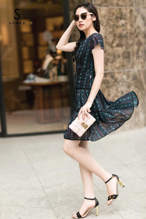 Tú Anh xuống phố với các trang phục của Sohee - 9