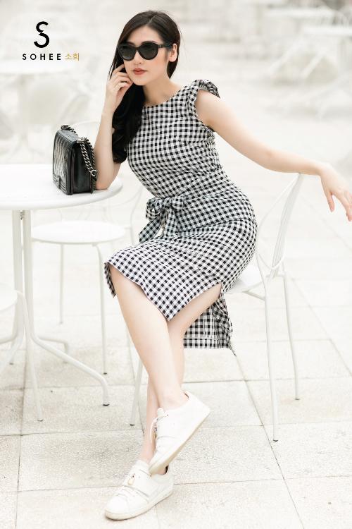 Tú Anh xuống phố với các trang phục của Sohee - 8