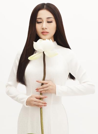 Ca sĩ Tố My trong tạo hình MV mới.