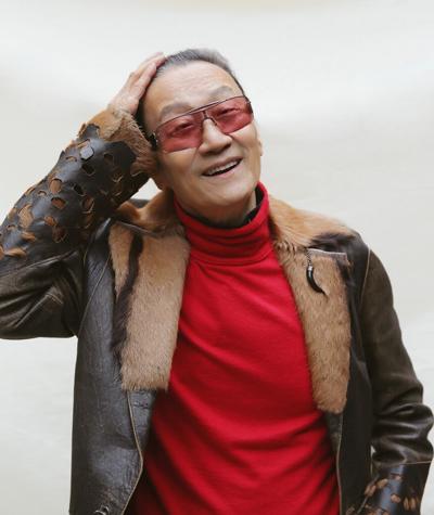 Bo Ta Dinh Phong chia tay ban gai kem 49 tuoi