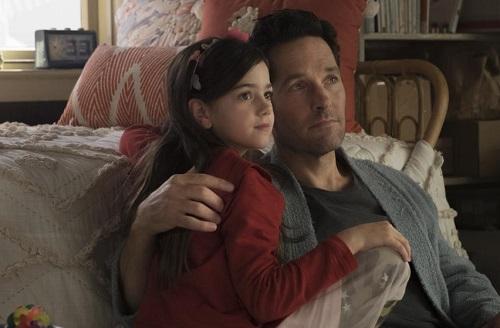 Scott Lang và con gái Cassie (Abby Ryder Fortson đóng).