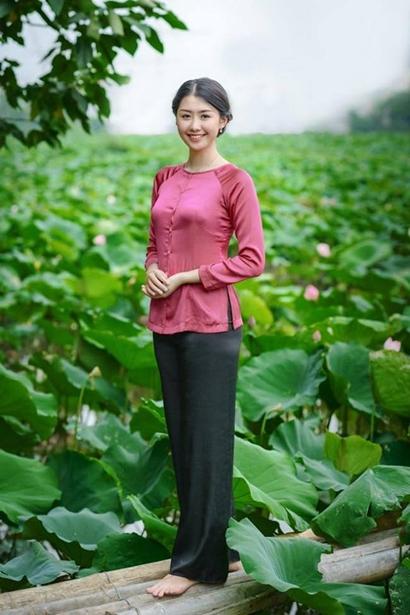 Nhan sac tiep vien hang khong 23 tuoi thi Hoa hau Viet Nam