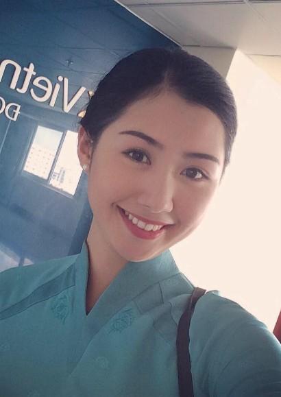 Hình thể ấn tượng của tiếp viên hàng không Vietnam Airlines thi Hoa hậu Việt Nam 4
