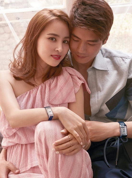 My nhan Truyen thuyet Joo Mong hanh phuc ben tien ve kem tam tuoi