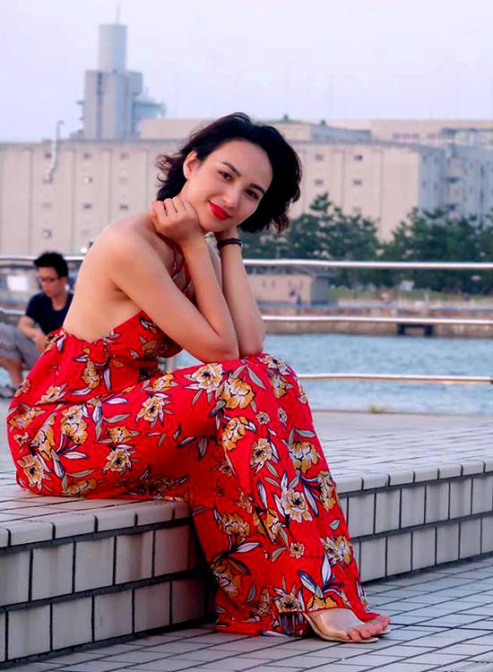 Hoa hau Ngoc Diem van canh chua co o Nhat