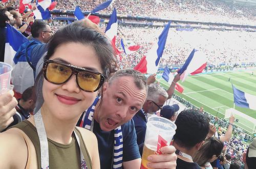 Nguoi dep Viet mung Phap vo dich World Cup 2018