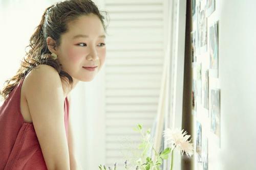Gong Hyo Jin khoe nhan sac rang ngoi o tuoi 38