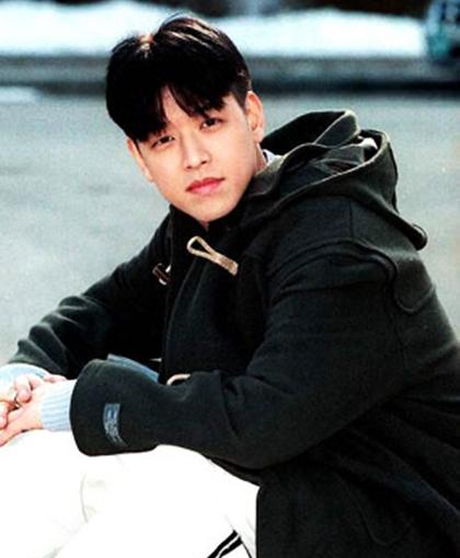 Ngoại hình gây sốt một thời của Hoàng tử Hallyu Ryu Shi Won - 10