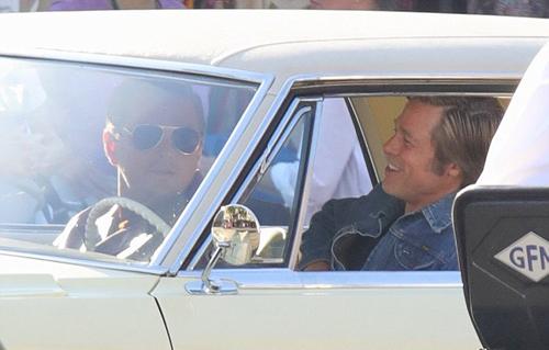 Brad Pitt than thiét Leonardo DiCaprio tren phim truòng