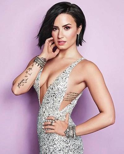 8 nam vat lon voi ma túy của Demi Lovato