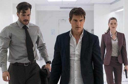Henry Cavill (trái), Tom Cruise (giữa) và Rebecca Ferguson thủ vai các điệp viên nổi bật nhất phim.