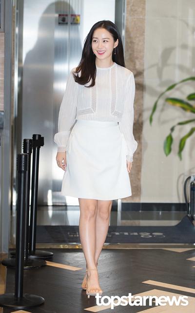 Kim Tae Hee theo chong toi Hong Kong
