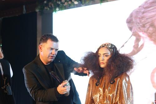 hairshow elgon 2018 thu hút hàng nghìn nhà tạo mẫu tóc - 2