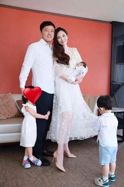 Kieu nu Dai Loan nghi viec song xa xi sau khi sinh con cho dai gia