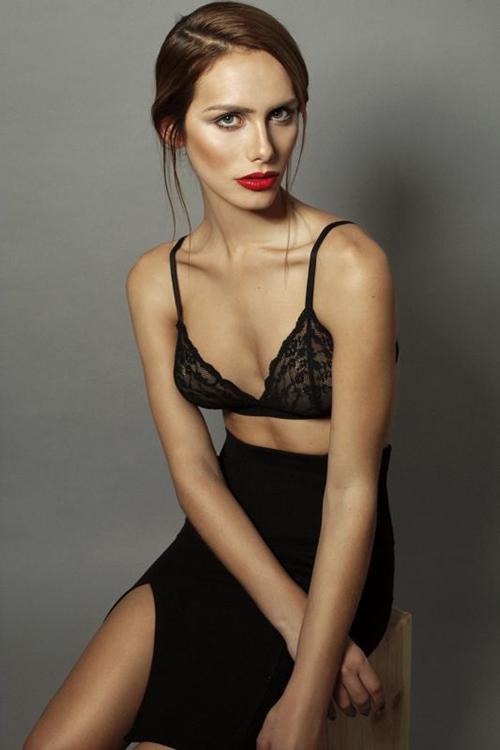 Nhan sac hoa hau chuyen gioi dau tien du Miss Universe