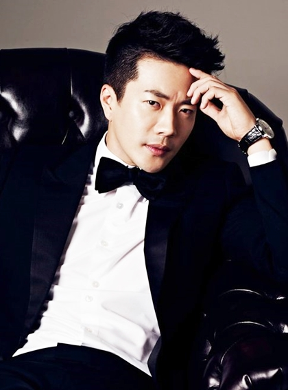 Ngoai hinh Hoang tu nuoc mat Kwon Sang Woo qua 17 nam