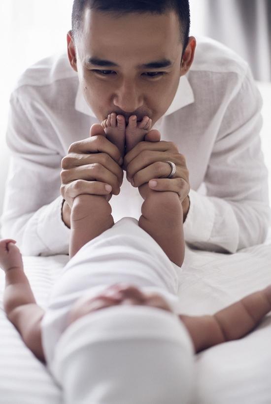Luong The Thanh Thuy Diem ben con trai dau long