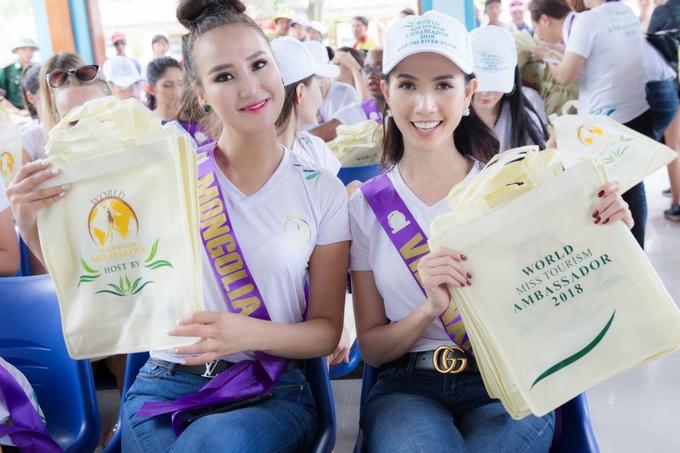 Hanh trinh Phan Thi Mo dang quang Hoa hau Dai su Du lich