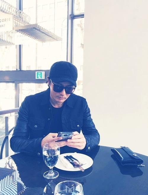 My nhan Go So Young song sung tuc ben Jang Dong Gun va hai con